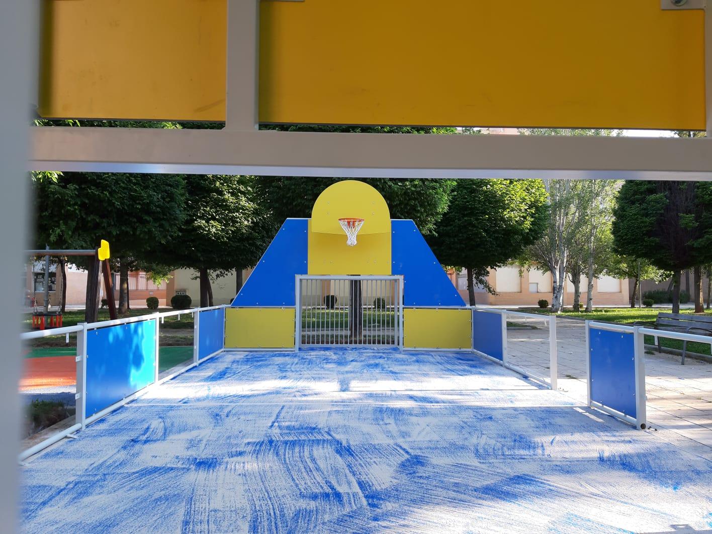 instalaciones deportivas con cesped artificial